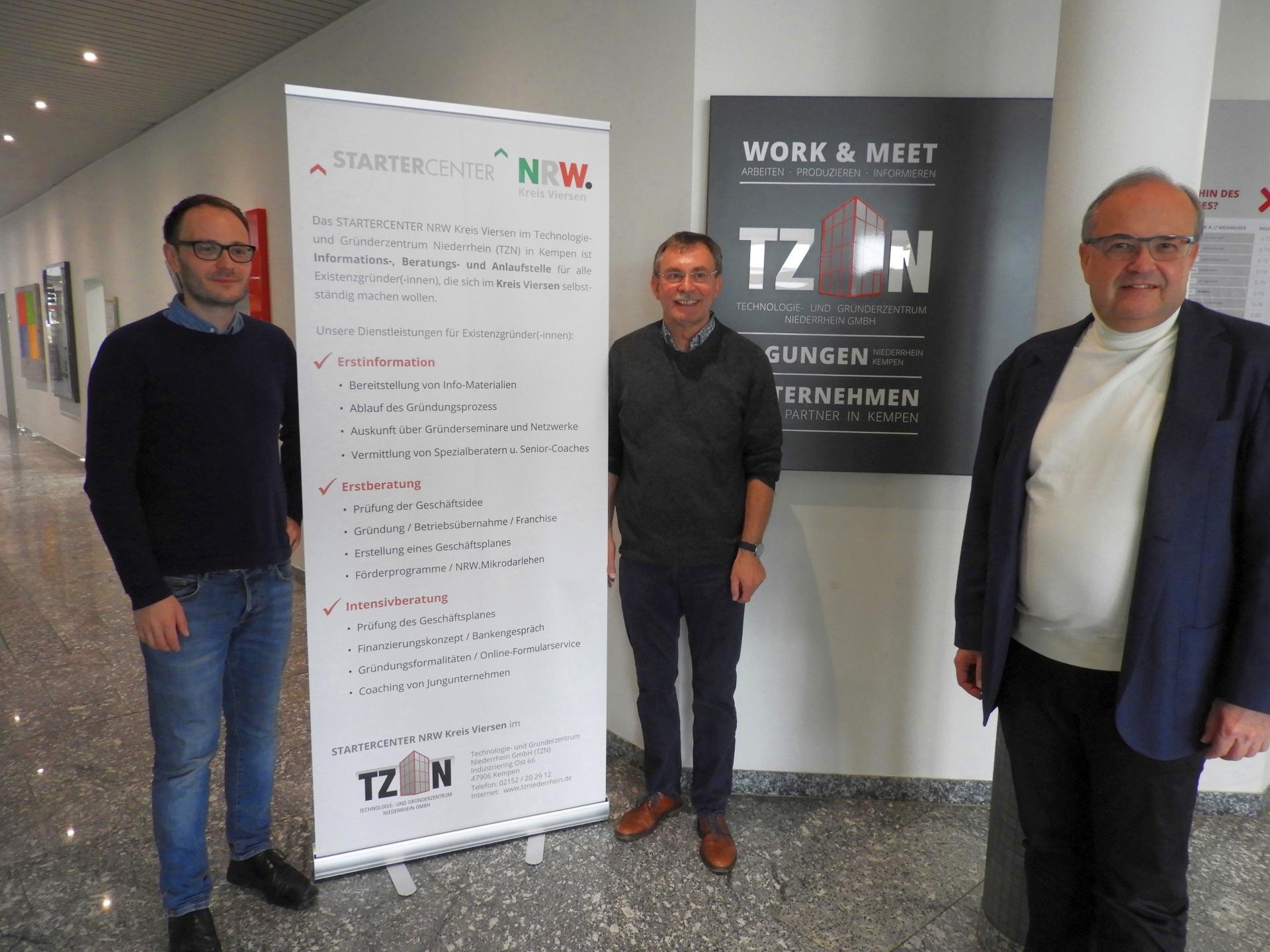Geschäftsführer Dr. Thomas Jablonski (r.) vollzieht einen wichtigen Wachwechsel im TZN